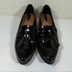 Tahari black patent leather loafers